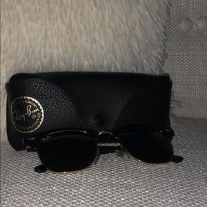 RAY BAN Clubmaster Sunglasses *NOT A SCRATCH*